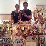 Родина Годинців зі спортивними трофеями