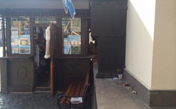 Боротьба зі сміттям у центрі Ужгорода